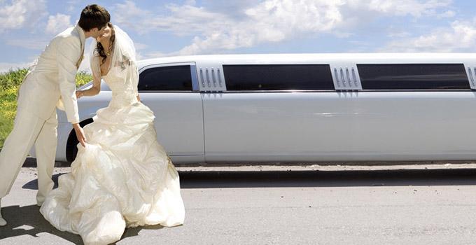 location véhicule de prestige pour un mariage